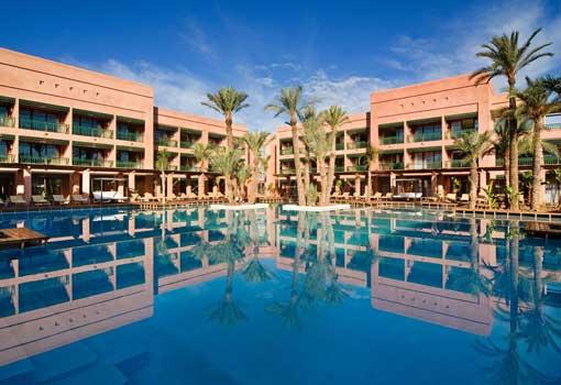 Piscina del Holiday Inn Marrakech-L'Hotel du Golf